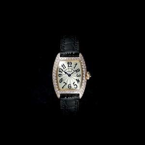 2500QZ D 5Nスーパーコピー時計